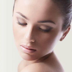 depilación femenina mejilla ceja patillas