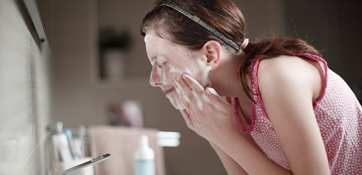 acné juvenil hormonal